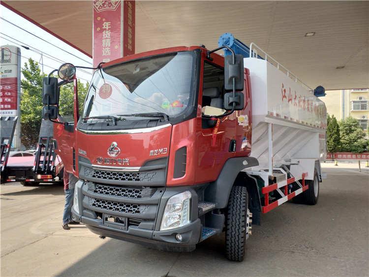 东风柳汽12-14吨饲料车图片