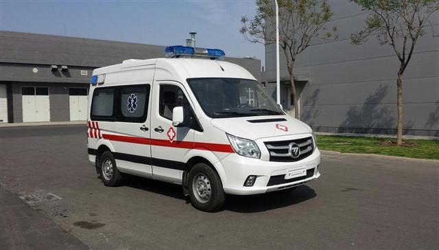 福田救护车福田图雅诺短轴救护车图片