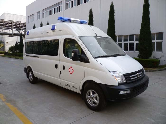 大通長軸監護型救護車