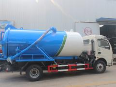 真空吸污车污水罐液位计的重要性