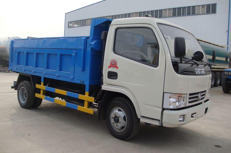 東風小多利卡國五自卸式垃圾車(廂體頂部帶液壓翻蓋)
