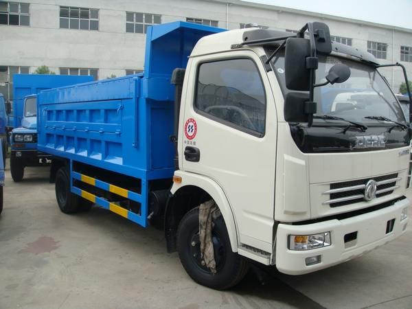 東風多利卡自卸式垃圾車