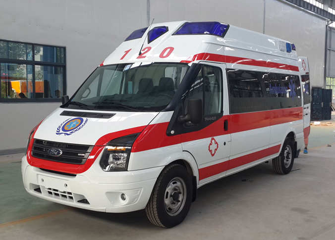 福特救护车新世代超人高顶监护型救护车