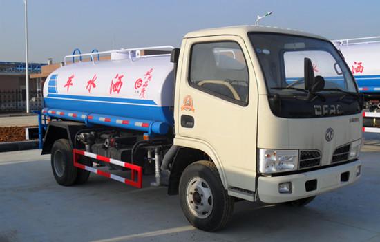 黑龙江多利卡5吨多功能洒水车怎么卖