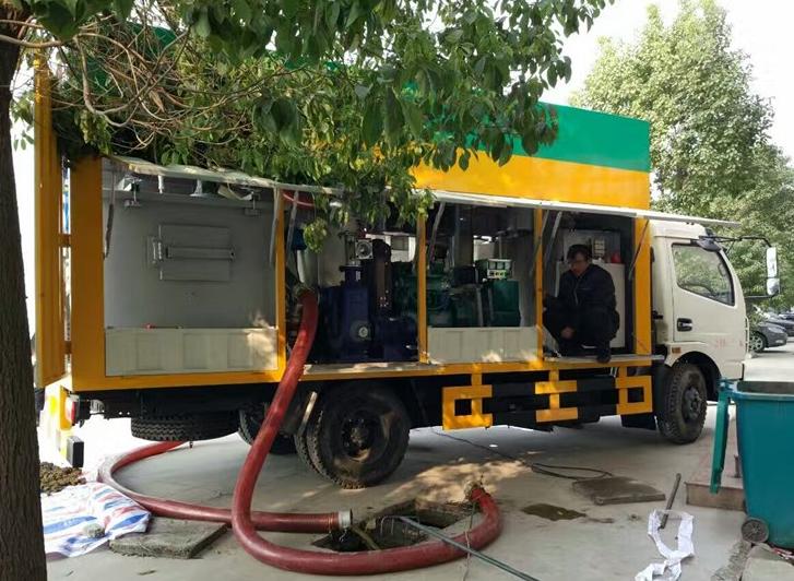 东风污水处理净化车3