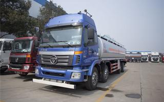 福田欧曼8X2(30立方)运油车图片
