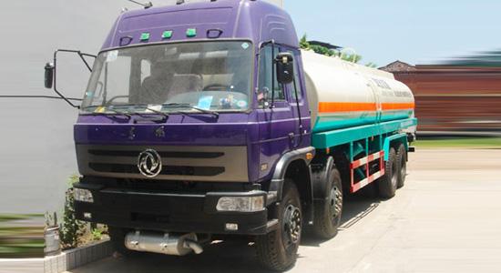 东风天龙前四后八38.8吨粉粒物料运输车