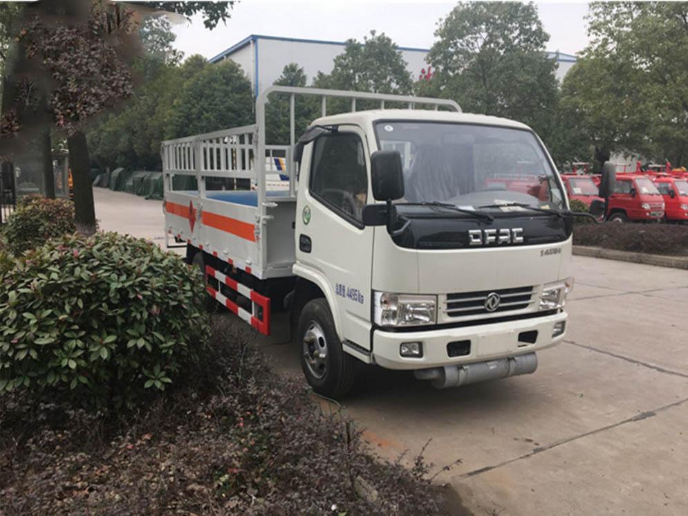 东风4.1米气瓶运输车图片