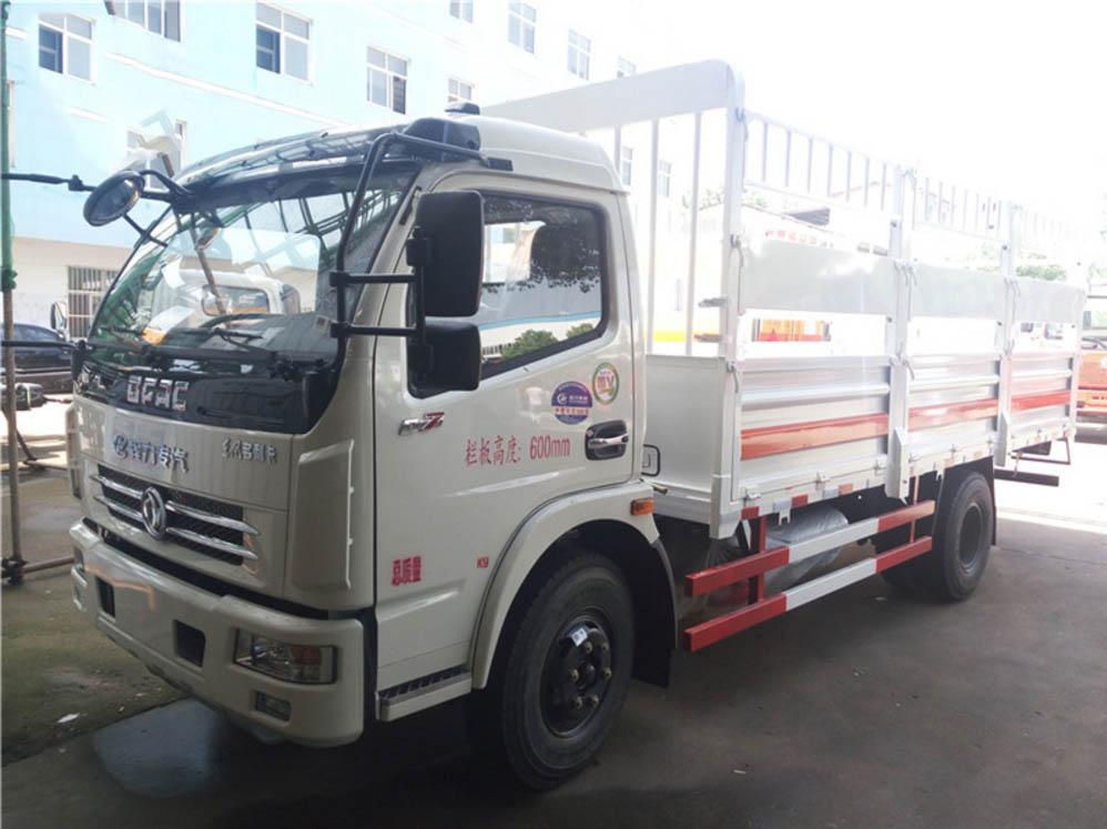 东风5.1米气瓶运输车
