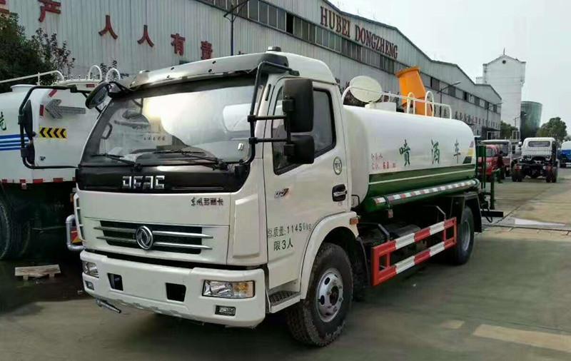 东风多利卡6吨35米多功能抑尘车