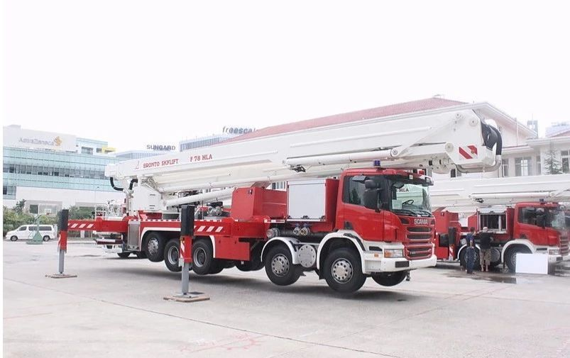 格拉曼消防车图片