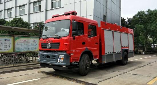 东风6吨水罐消防车图片