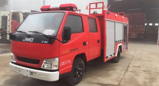 江铃2吨水罐消防车图片