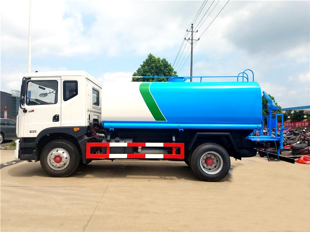 D9东风14吨绿化喷洒车