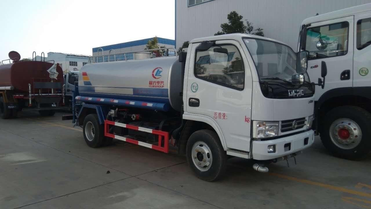 东风多利卡洒水车(国五 9.2吨)