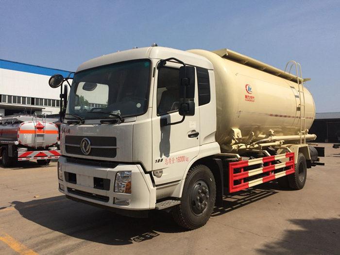东风天锦25吨粉粒物料运输车