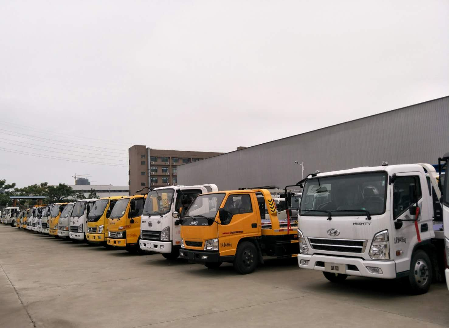 云南省玉溪市东风售后服务站地址和电话_东风清障车配置