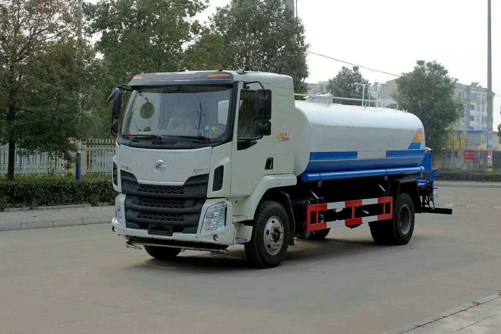 東風柳汽12-15噸灑水車