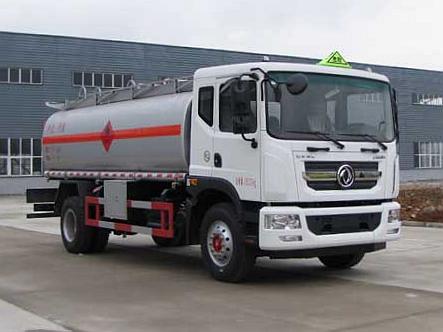 东风D9多利卡10吨加油车