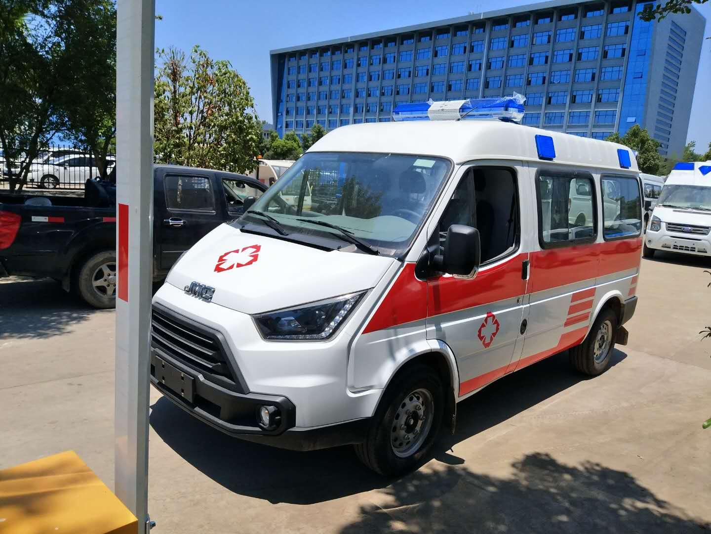 特顺长轴中顶监护型救护车