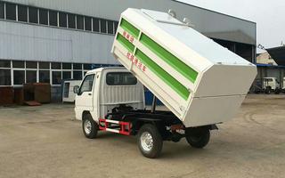 纯电动挂桶垃圾车图片