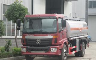 福田油罐车图片