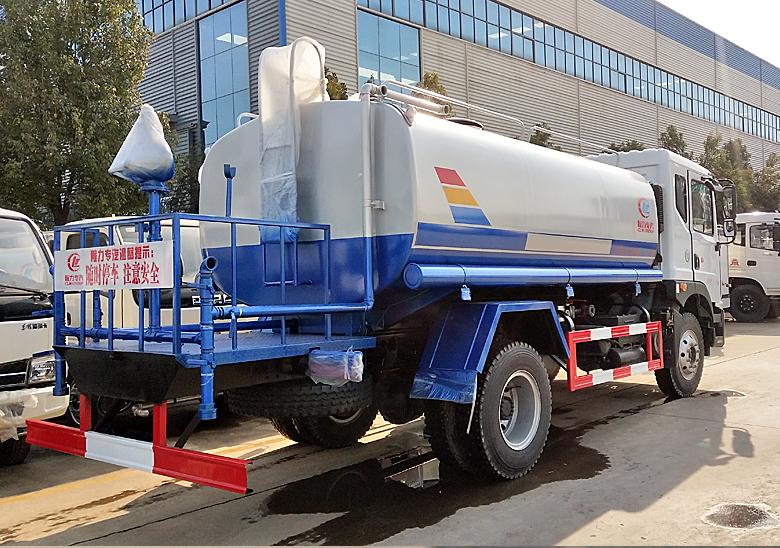 康明斯發動機12噸灑水車_高清圖片