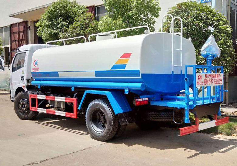 8噸銷量最大的灑水車_高清圖片