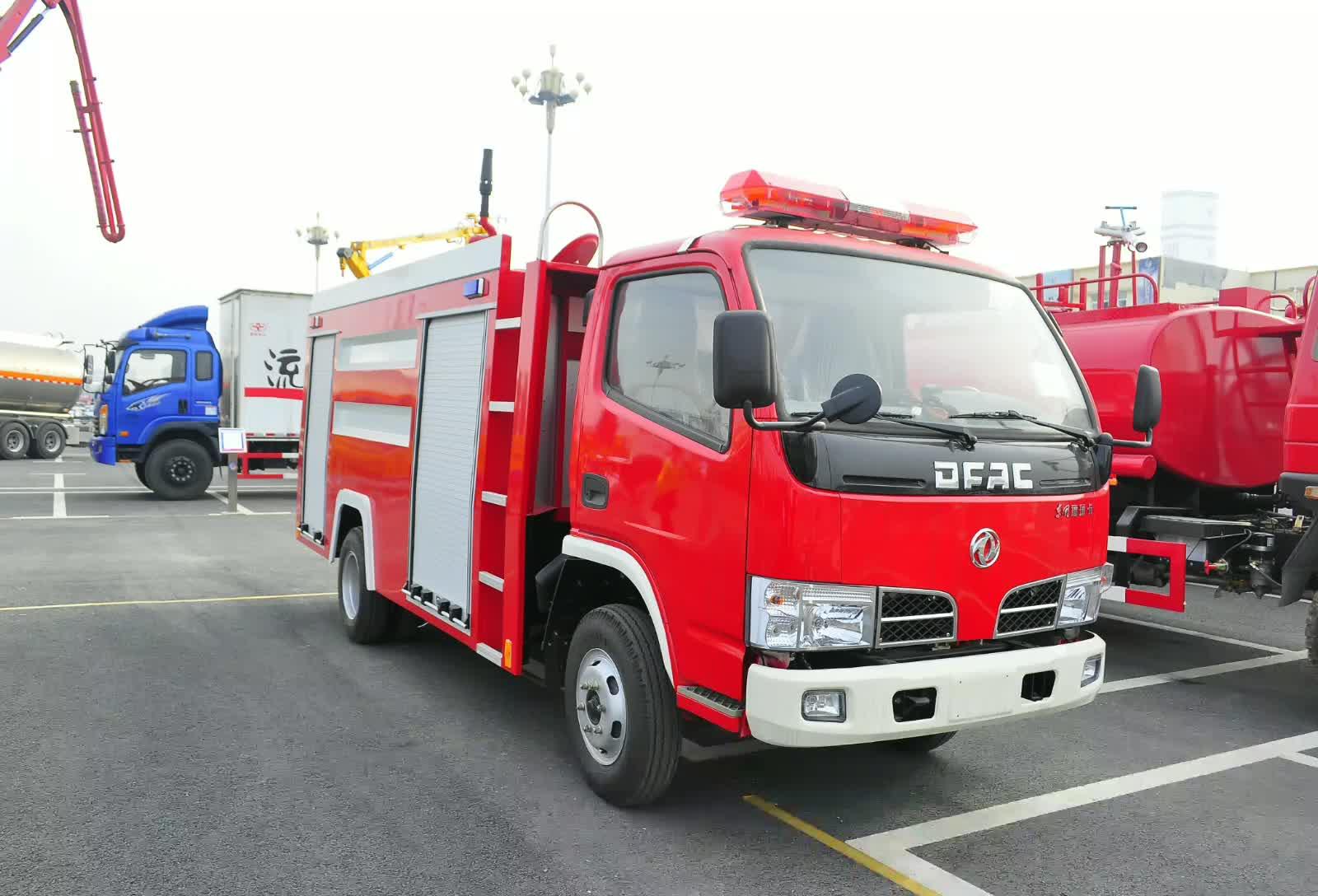 东风福瑞卡消防车视频