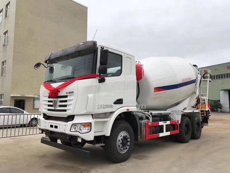 联合重卡10-12方混凝土搅拌运输车