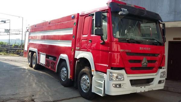 豪沃25吨泡沫消防车(国五)图片