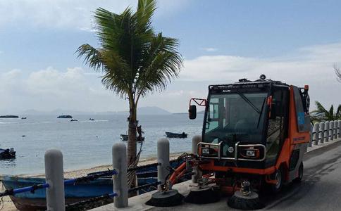 小型柴油驾驶式扫地机作业视频