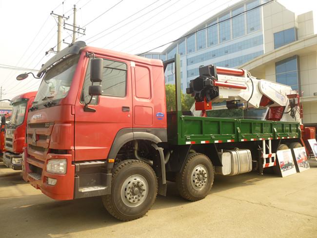 重汽160吨汽车起重机图片