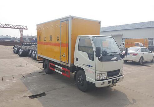(厢长4.2米)江铃新顺达爆破器材运输车