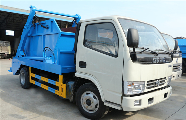 东风小多利卡(5方)摆臂式垃圾车