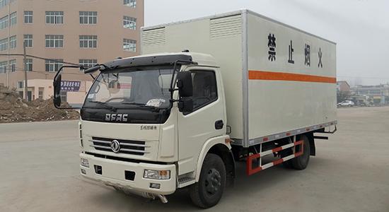 东风多利卡气体厢式运输车
