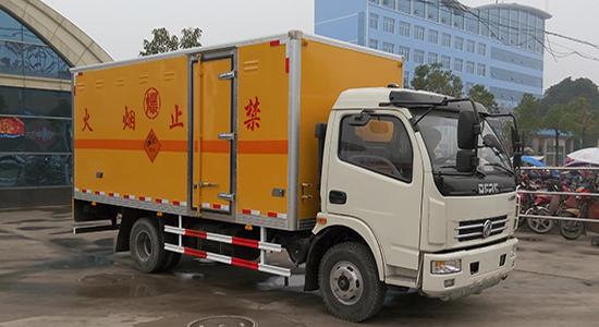 (厢长5.15米)东风多利卡爆破器材运输车