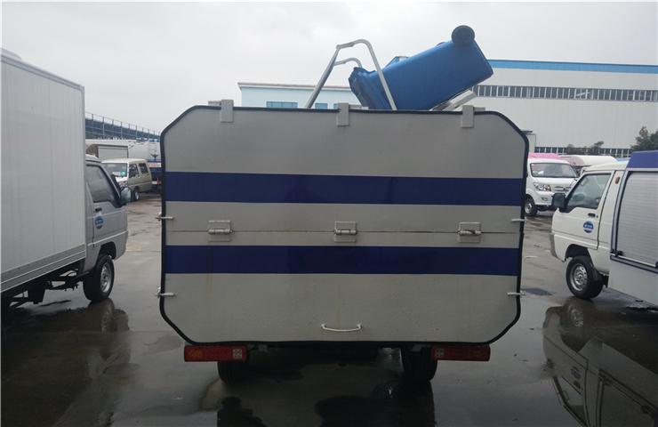 新能源电动四轮挂桶式垃圾车