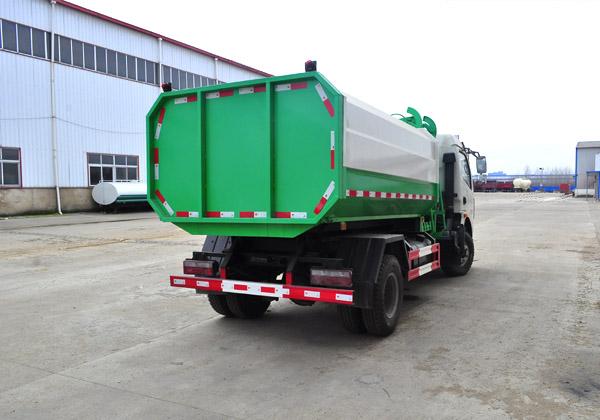 東風多利卡自裝卸式垃圾車