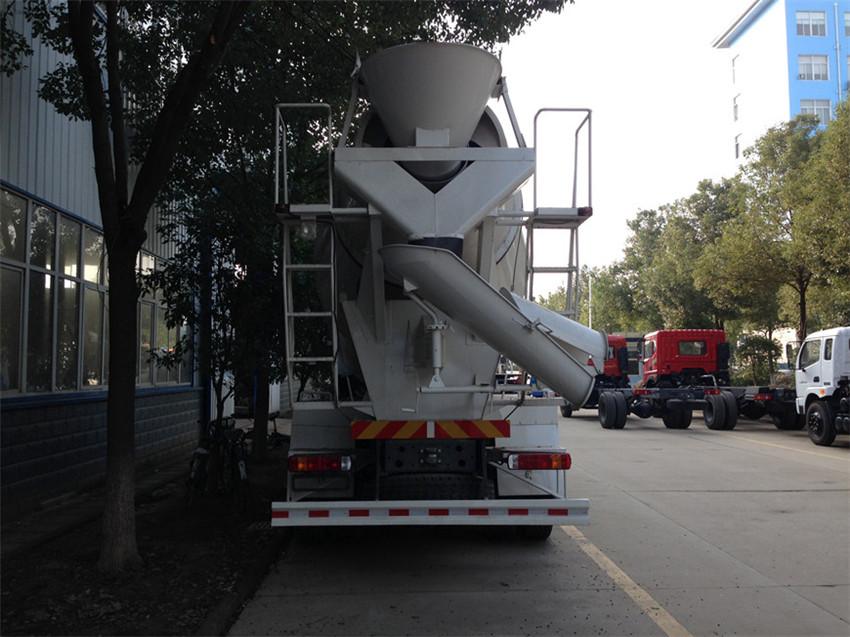 东风牌5方混凝土搅拌运输车