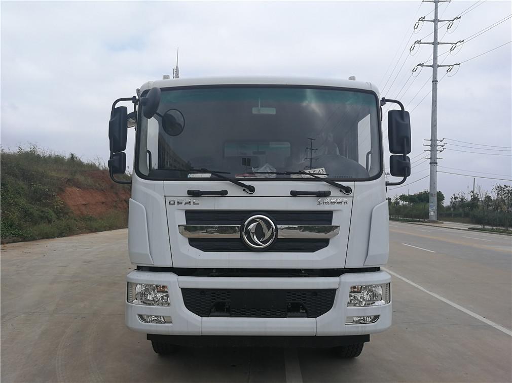 东风多利卡D9(12方)压缩式垃圾车