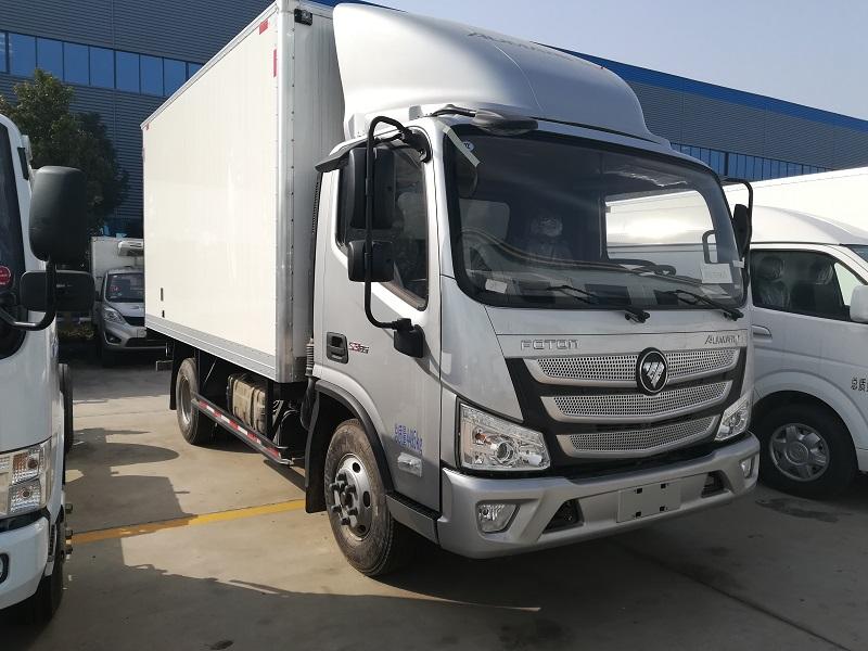福田欧马可国五单排厢长4.2米冷藏车
