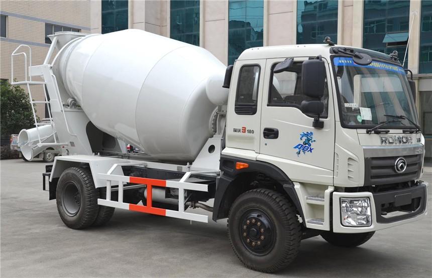 福田时代6方混凝土搅拌车