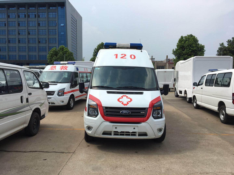 江铃福特新世代V348长轴高顶监护型柴油版救护车