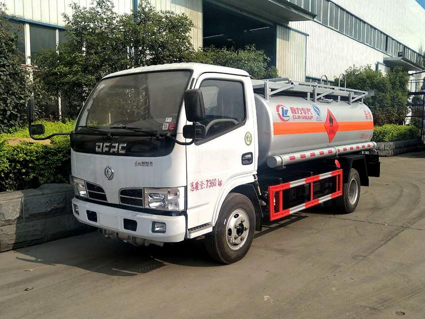 东风福瑞卡5吨加油车