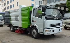东风多利卡8方洗扫车对水质润滑油和燃油的要求