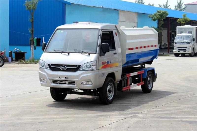 凯马3吨挂桶式垃圾车(汽油)