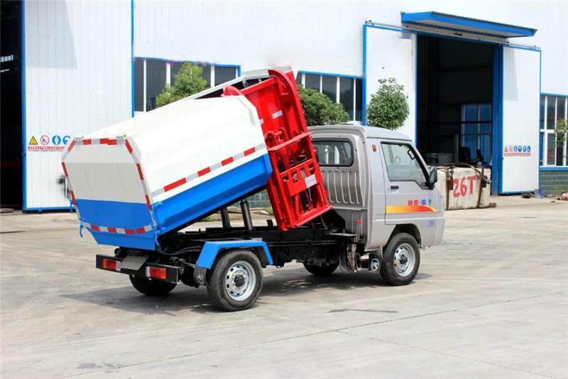 凯马3吨挂桶式垃圾车(汽油)图片