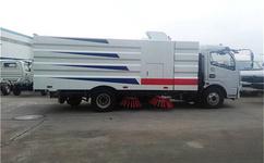 东风8吨扫路车的正确操作方法
