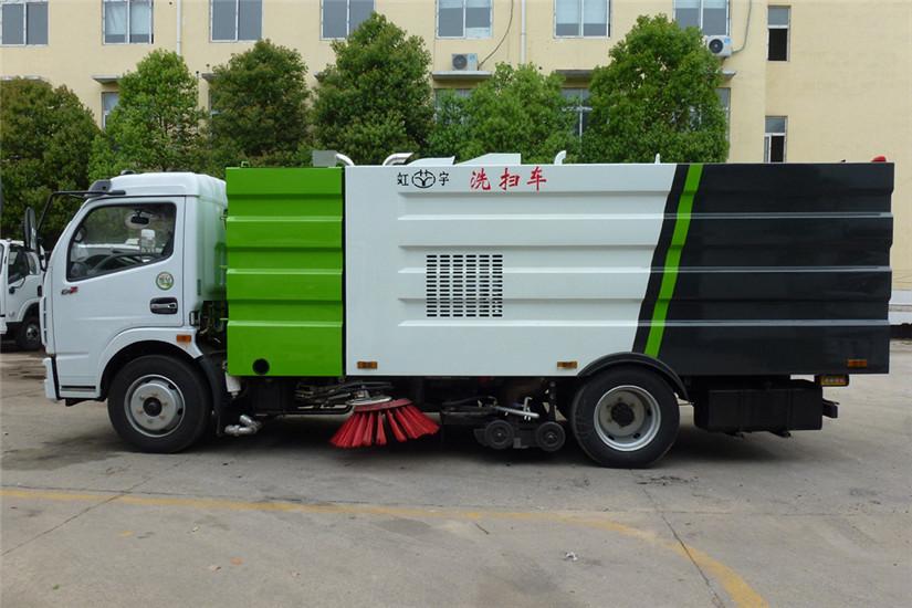 东风多利卡洗扫车 (1)